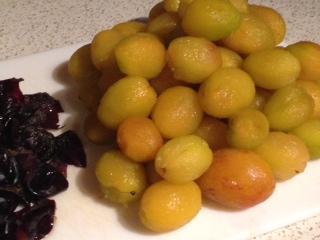 Peeled plums